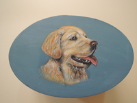 ペットロスの方がペットのリアルな似顔絵の注文(オーダー)前に見る作品~元気に笑う愛犬を立体感を出して描いた肖像画のグッズ