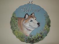 ペットロスの方がペットのリアルな似顔絵の注文(オーダー)前に見る作品~草花から顔を出す愛犬を立体感を出して描いた肖像画のグッズ